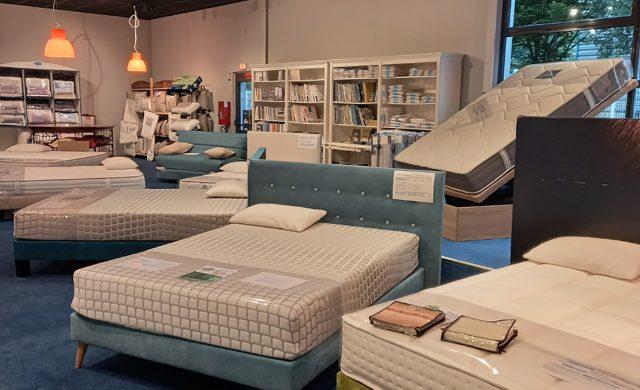 Magasin Literie Michel Saint-Malo - Exposition matelas sommier